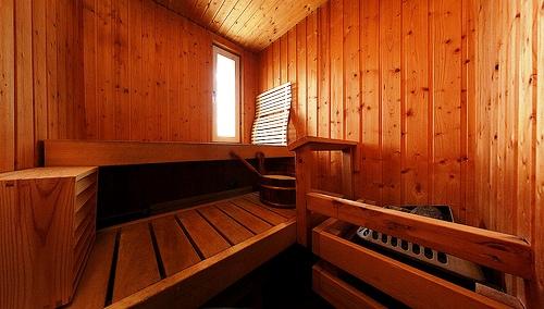 Cómo realizar una sesión de sauna seca