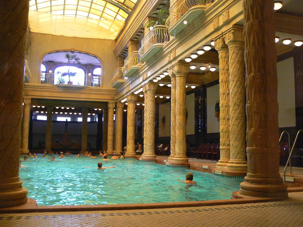 Hoteles con baños termales en Hungría