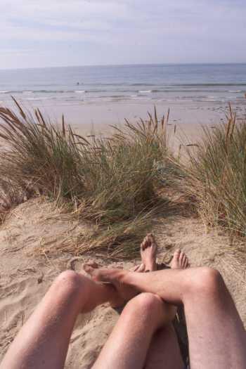 Cómo comportarse en una playa nudista